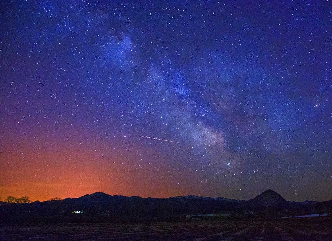 自然な風景を彩る星々。澄んだ空気がもたらす『天然のプラネタリウム』